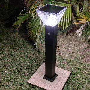 borne_led_solaire_eclairage_solaire_domestique_decoration_jardin_exterieur_eco_energie