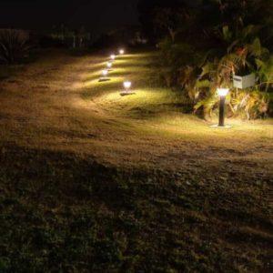 borne_solaire_eclairage_led_exterieur_luminaire_decoration_jardin_eco_energie